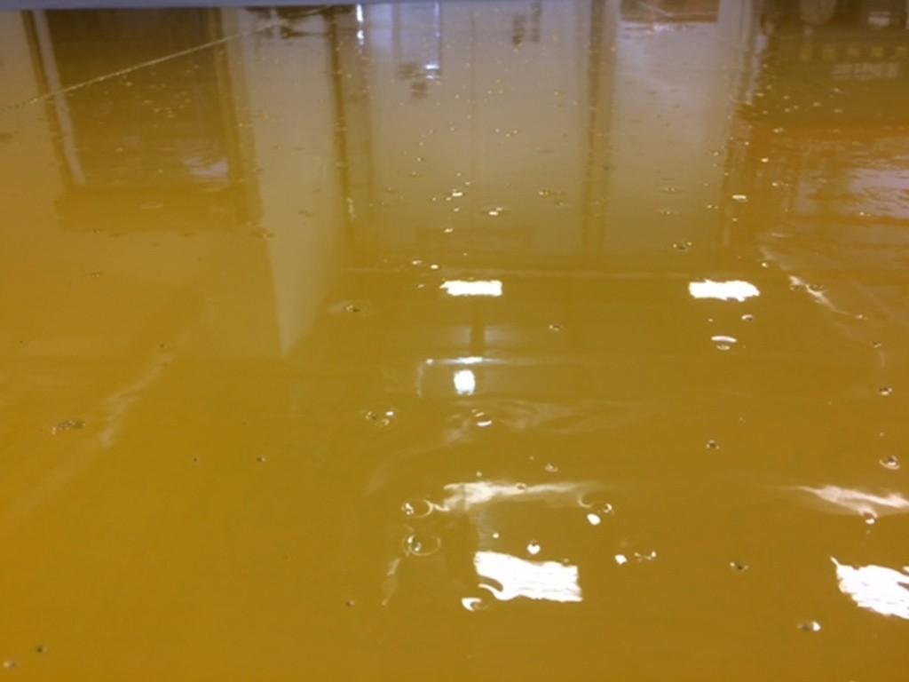 gummy bubbly epoxy floor coating